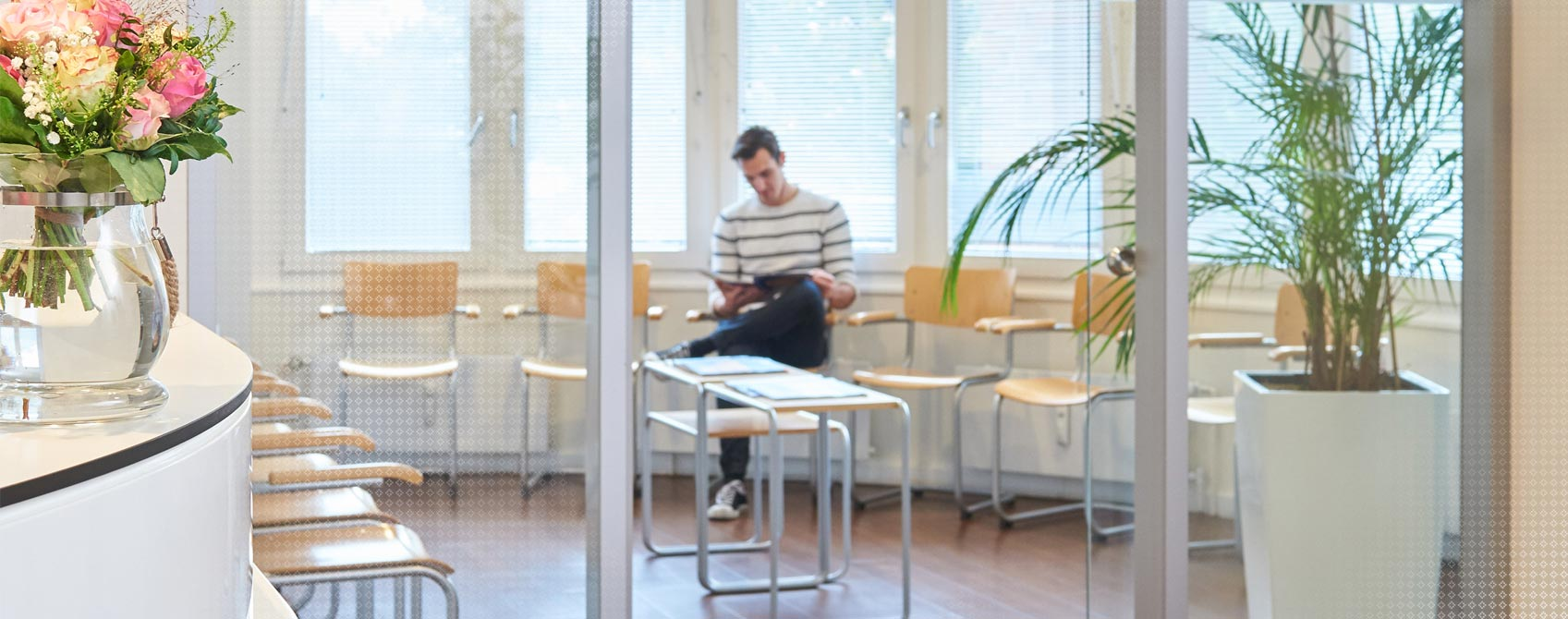 Wartezimmer Hausarztpraxis Forum Winterhude
